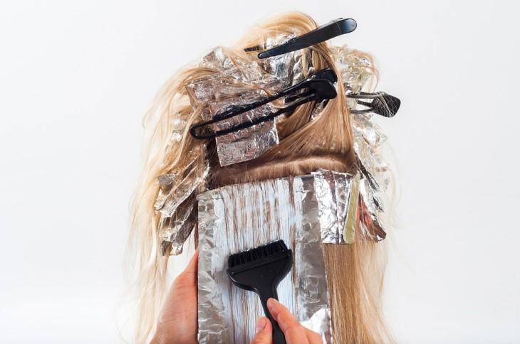 Tips Memilih Warna Rambut