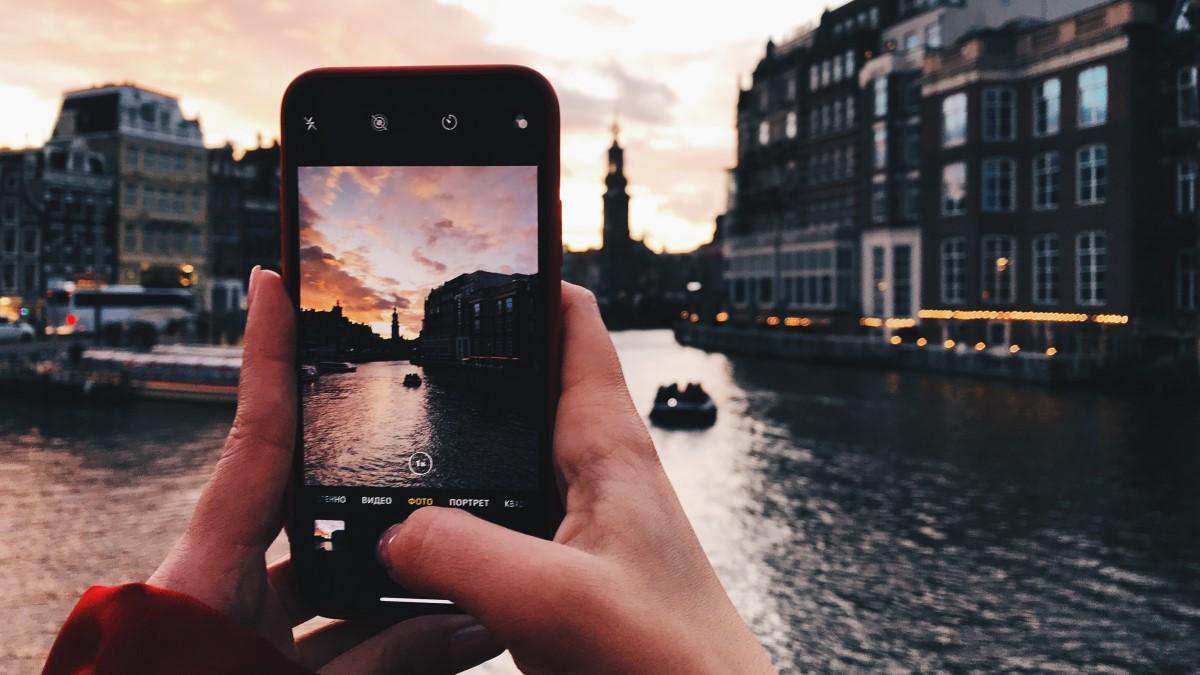 Aplikasi Edit Warna Langit Cerah untuk Foto Kekinian
