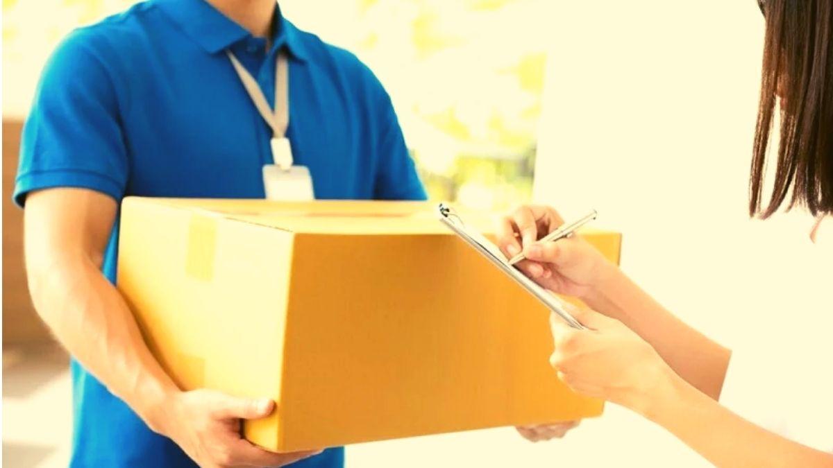 Cara Menerima Paket dari Kurir Sesuai Protokol Kesehatan Saat Pandemi